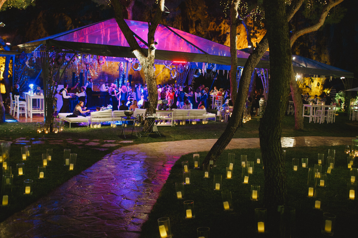 dancefloor lighting - tent setup